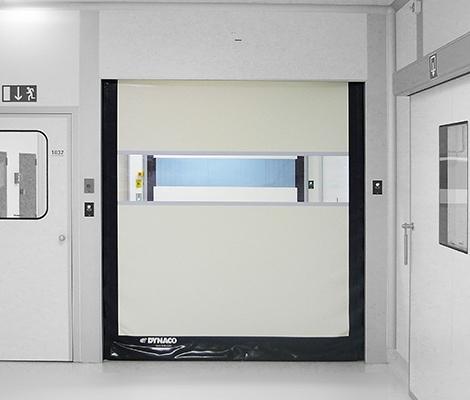 D311 Cleanroom met witte deur